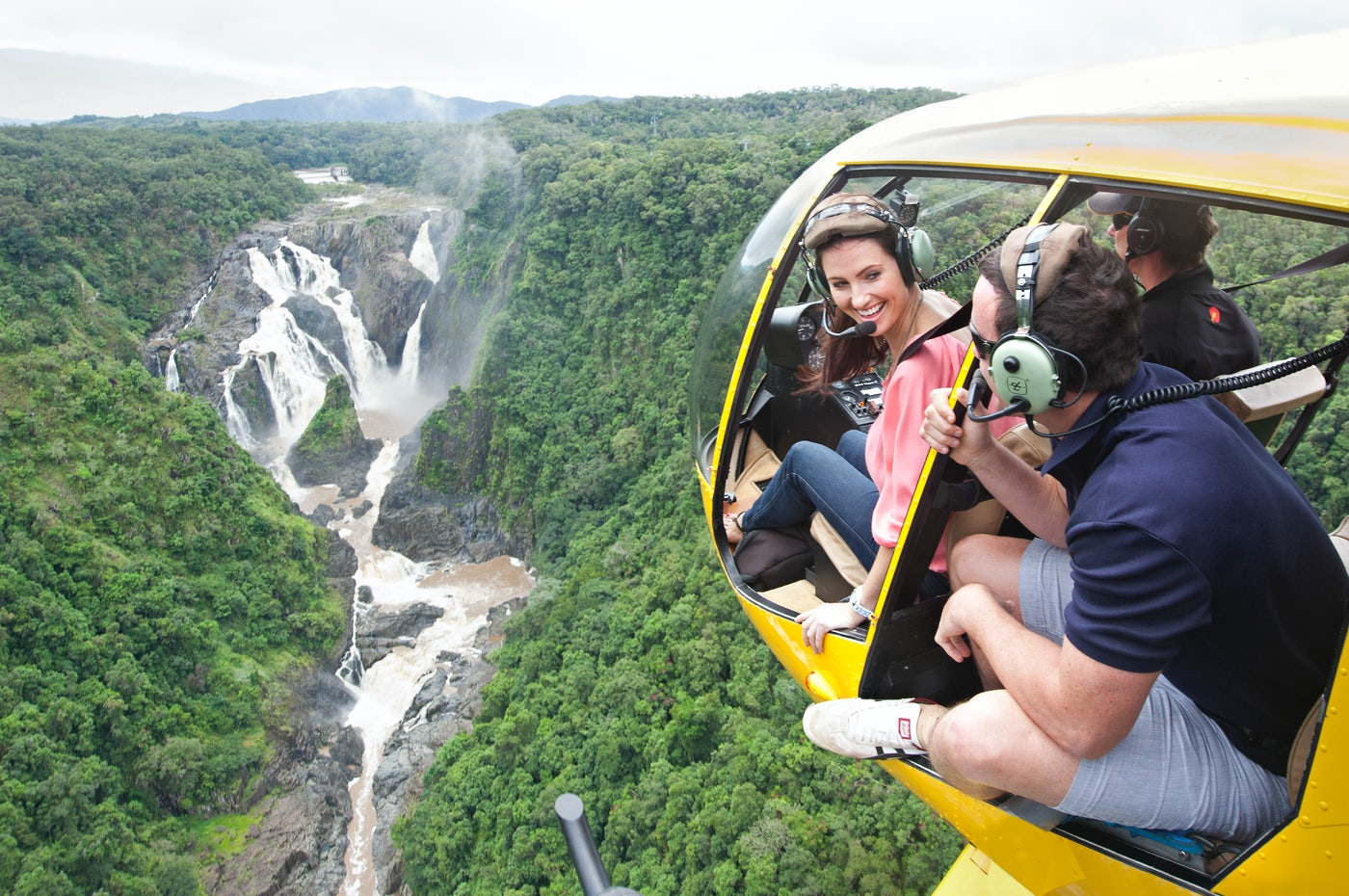 Tropical north queensland, cairns helicopter tours